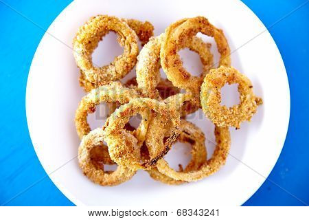 Top view of baked onion rings snack