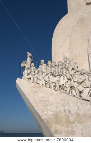 Discoveries monument