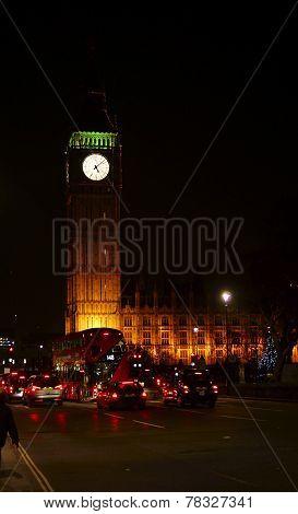 At night on Big Ben