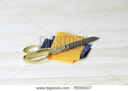 Gold Plated Tailoring Scissors With Patches Of Cloth