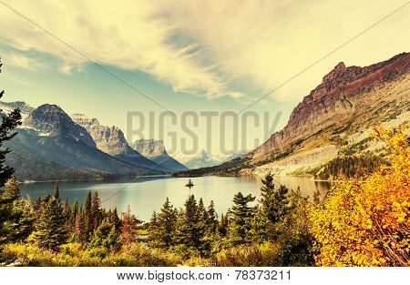 Autumn in Glacier NP, Montana, USA