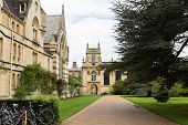 picture of trinity  - Popular Trinity College in Oxford  - JPG