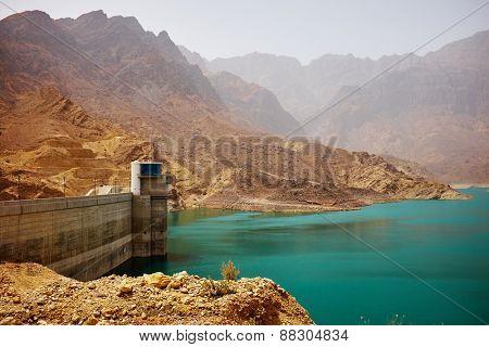 Hatta Lake
