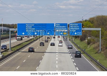 Frankfurt Airport - Autobahn A5 With Roadsign To The Airport