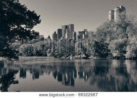 Central Park Autumn in midtown Manhattan New York City