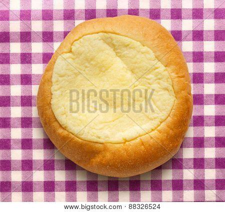 Round Sour Cream Dessert Bun