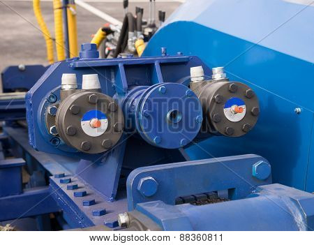 Hydraulic Cylinders On Lifting Bridge,