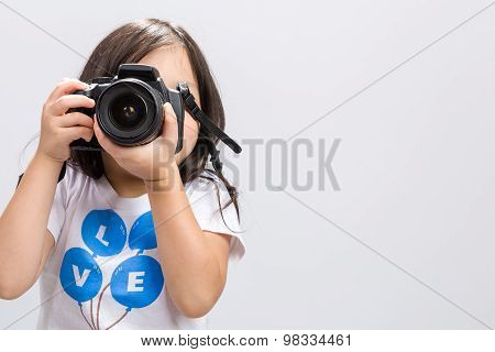 Child Holding Camera / Child Holding Camera Background / Child Holding Dslr Camera To Take Photos