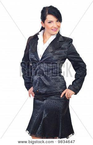 Mulher bonita elegante terno preto
