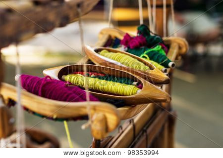Weaving Loom And Thread Of Yarn