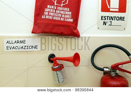 Signaling Devices For Emergency Management In A School