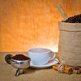 picture of coffee grounds  - set of coffee cup of coffee - JPG