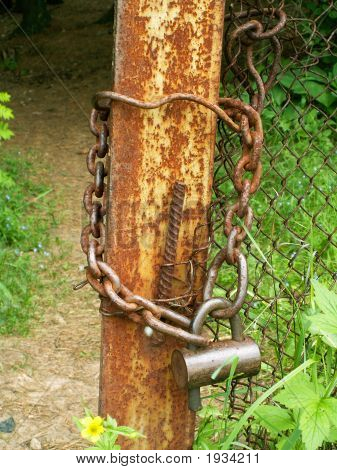 The Rusty Hinged Lock