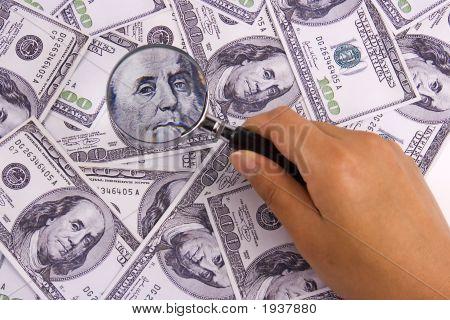 Buscando dinero