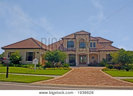 Newly Constructed Upscale Home 2