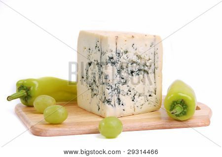 Blue cheese with pepper