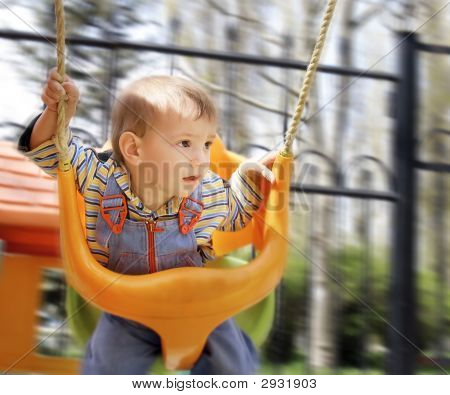 Swingende Baby Boy