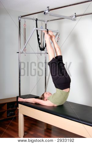 Trapeze Table/Cadillac Workout For Pilates