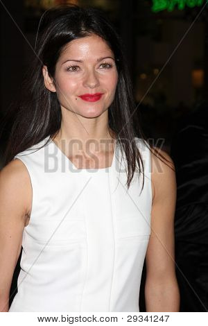 LOS ANGELES - JAN 25:  Jill Hennessy arrives at  the