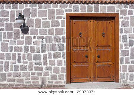 Puerta tradicional como fondo
