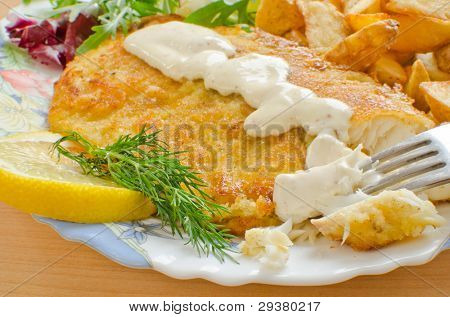 Fried breaded tilapia with aioli sauce