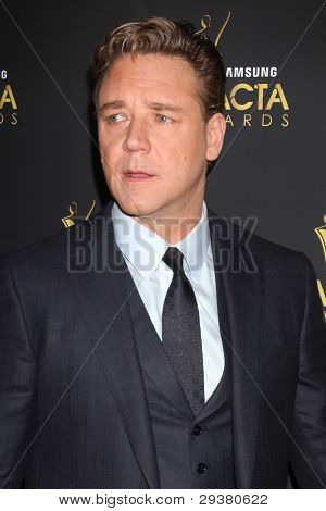 LOS ANGELES - JAN 27:  Russell Crowe arrives at the AUSTRALIAN ACADEMY INTERNATIONAL AWARDS at Soho House on January 27, 2012 in West Hollywood, CA
