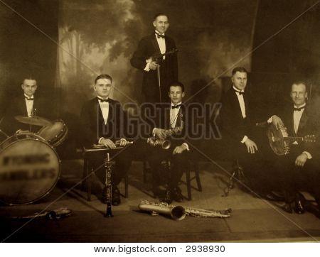 Vintage Family Photo 1912