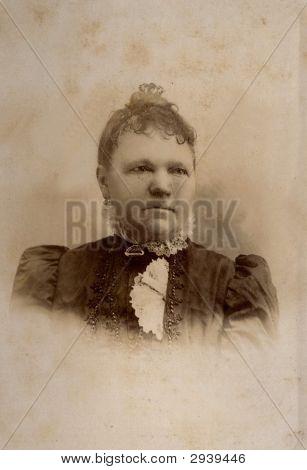 Vintage Family Photo 1885