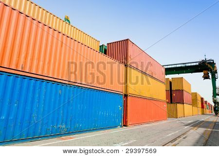 Container harbor