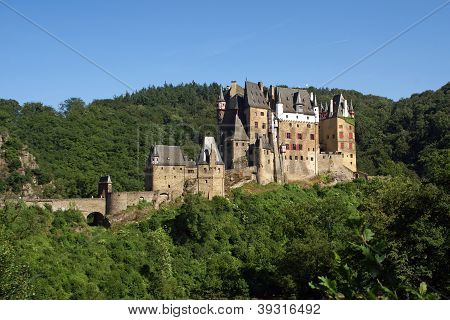 Eltz Castle, Mosel River, Germany, Europe