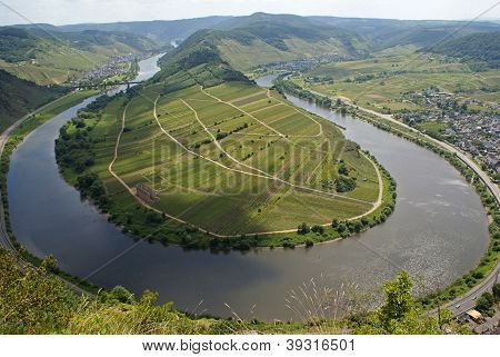 River loop, Bremm, Germany, Europe