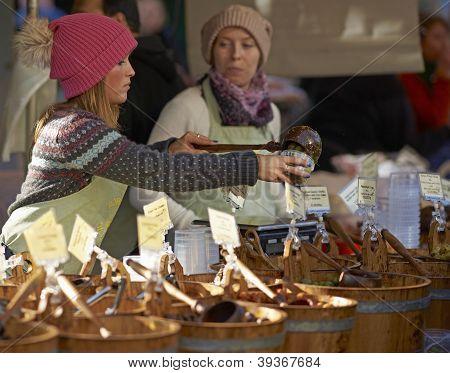 Selling Olives
