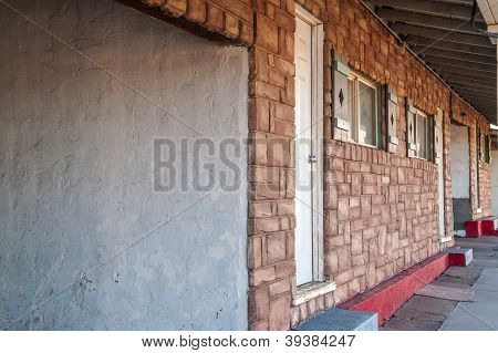 Motel Rooms With Carports