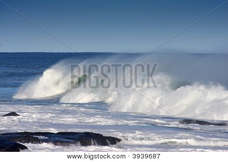 Crashing Wave