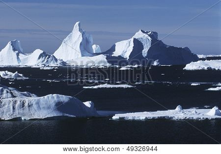 Antarctica ice bergs and sea