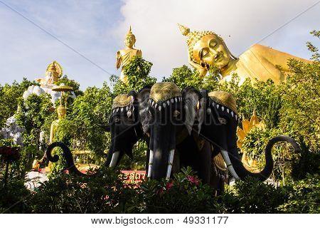 Erawan Statue ,big Reclining Buddha And Standing Buddha In Wat Mokkanlan , Chomthong Chiangmai Thail