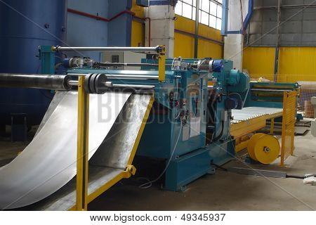machine for slitting/cutting/stripping steel sheet