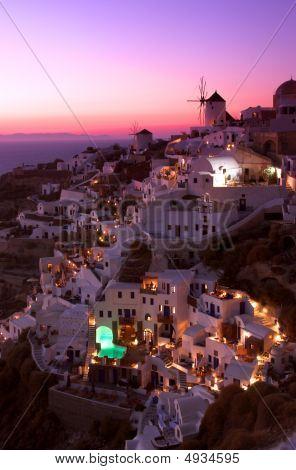 Best Oia Sunset Shot