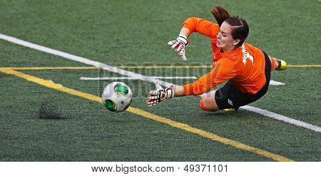 Canada Games Soccer Women Keeper Ball Save