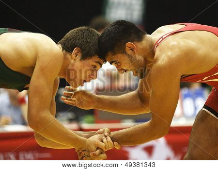 Canada Games Wrestling Men Hold