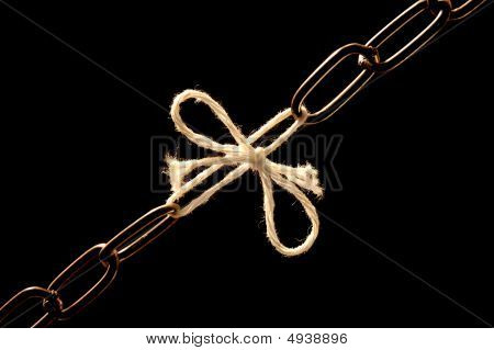 Chain Debilitated With A Cord