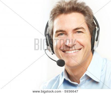 Operador de servicio al cliente.