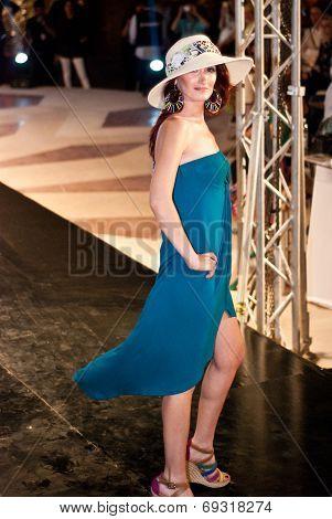 Fashion Show For Nancy Naguib Model 03