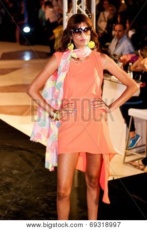 Fashion Show For Nancy Naguib Model 04