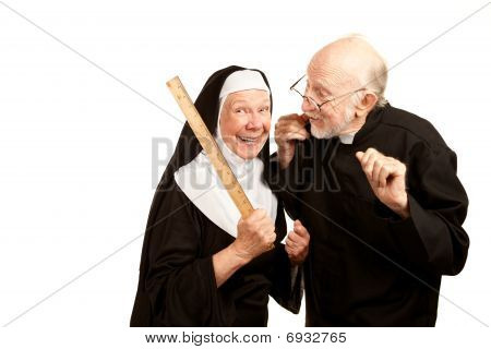 Priester Admonsihes mittlere Nonne