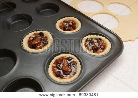 Four Pastry Cases Filled With Mincemeat
