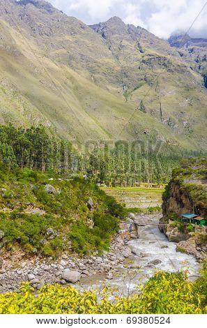 Peru, Sacred Valley, Urubamba river