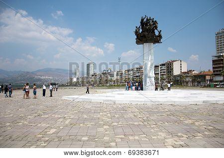 Gundogdu Square, Izmir, Turkey