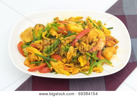 Seafood With Yellow Curry Sauce