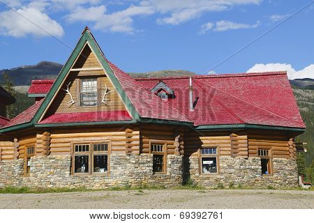 Historical Num-Ti-Jah Lodge near Bow Lake in Banff National Park, Canada